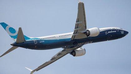 Un Boeing 737 MAX, una de las aeronaves más modernas ofrecidas por el fabricante estadounidense (Reuters)