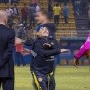 Diego Maradona terminó descargando su furia contra el árbitro del encuentro
