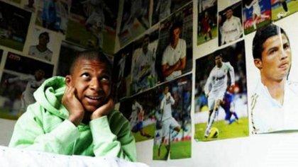 Kylian Mbappé tiene a Cristiano Ronaldo como ídolo