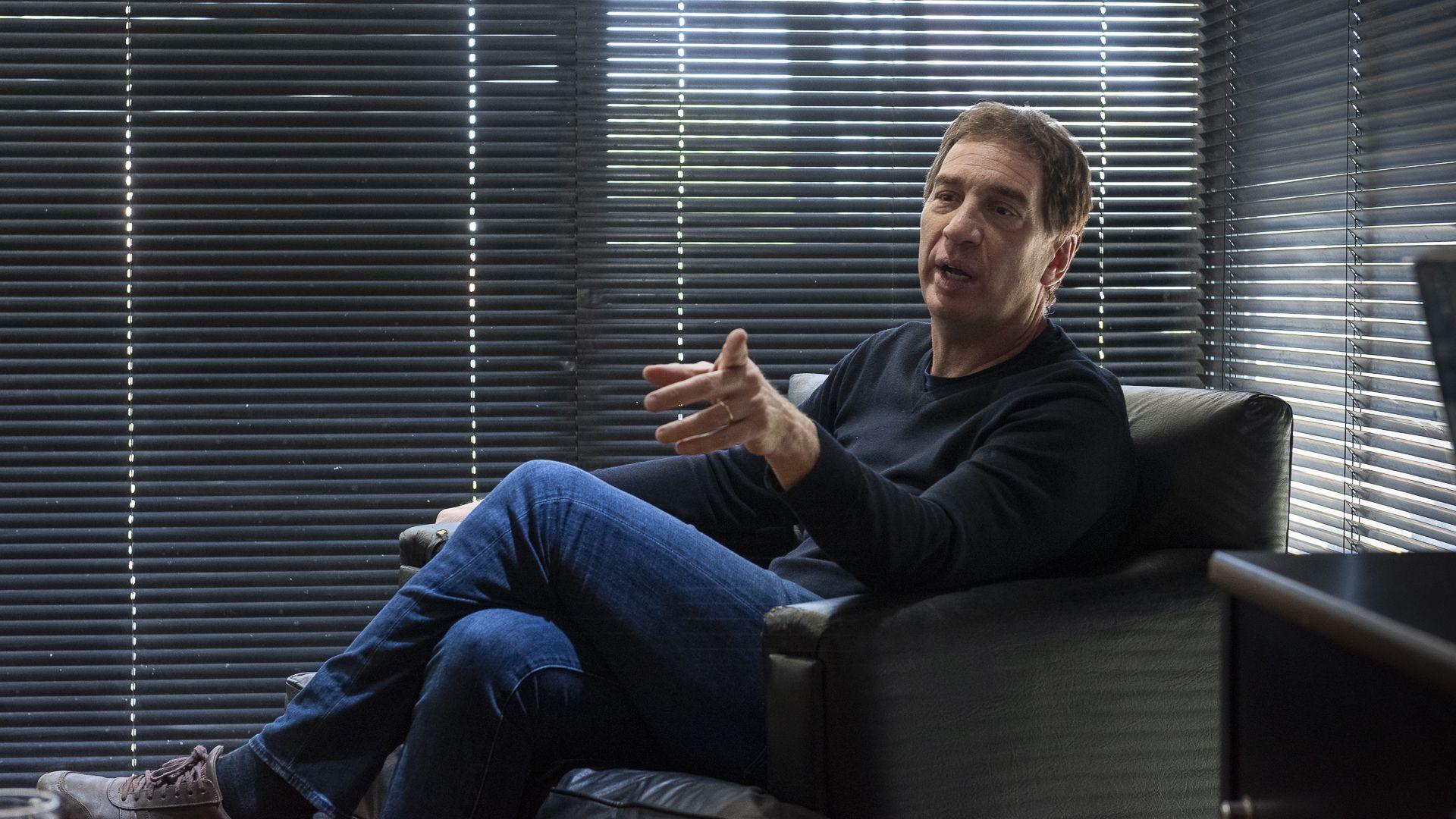 Entrevista de David Cayon a Diego Santilli