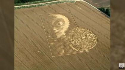 Jaime Maussan ha presentado durante años casos de campos de cultivo con mensajes extraterrestres (Foto: YouTube MaussanTV)