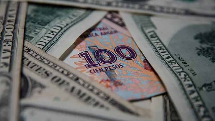 pesos dolares