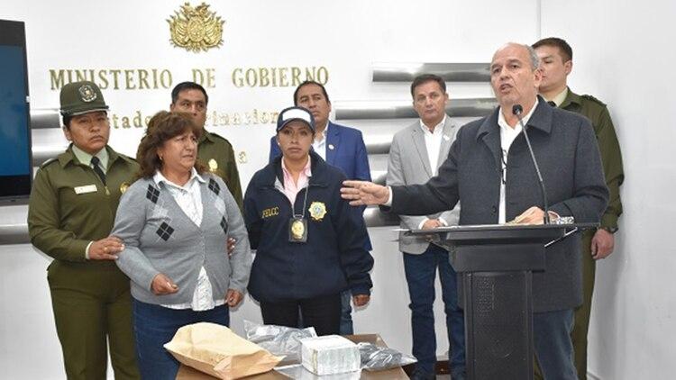 El Ministro de Gobierno Arturo Murillo encabezó la conferencia de prensa