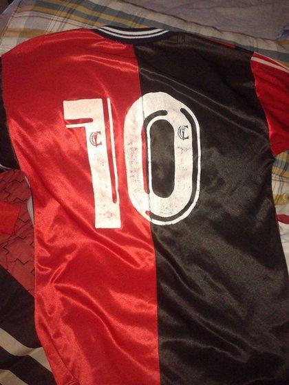 El día que Messi dejó la número 10 para usar el dorsal 2