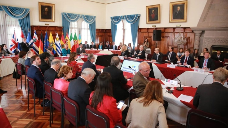 Asistieron al encuentro representantes de países de Europa y América
