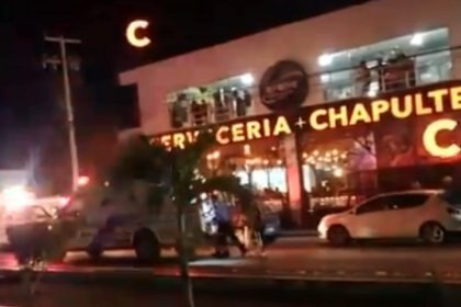 Paraíso bajo fuego: ataque en bar de Playa del Carmen dejó un muerto y 11  heridos - Infobae