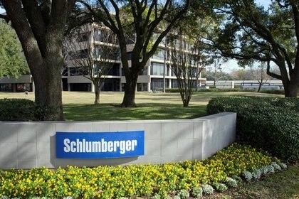 Foto de archivo del exterior del edificio de Schlumberger Corporation.  Ene 16, 2015.    REUTERS/Richard Carson
