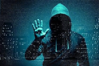Los cibercriminales utilizan técnicas de ingeniería social como el phishing para obtener datos confidenciales de los usuarios.