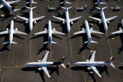 Aviones Boeing 737 MAX en tierra son vistos estacionados en una foto aérea en el campo de Boeing en Seattle, Washington, EE.UU. 1 de julio de 2019. (Reuters)