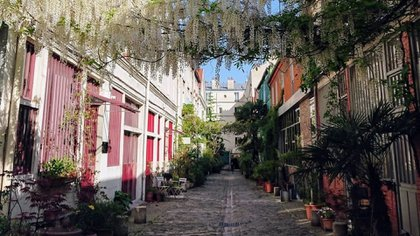 El callejón adoquinado era antiguamente un barrio industrial (Instagram: @parissecret)
