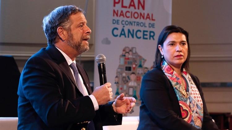 La Secretaría de Gobierno de Salud lanzó un plan nacional de acciones para que la gente controle más los factores de riesgo de cáncer