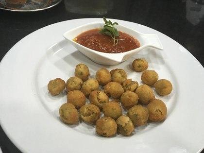 Aceitunas ascolanas, una alternativa muy pedida en Il Faro Restaurante
