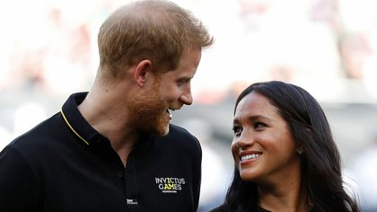 El Príncipe William y Meghan Markle (AFP)