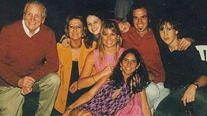 La familia de Máxima a pleno, junto con sus padres Jorge Zorreguieta y María del Carmen Cerruti Carricart