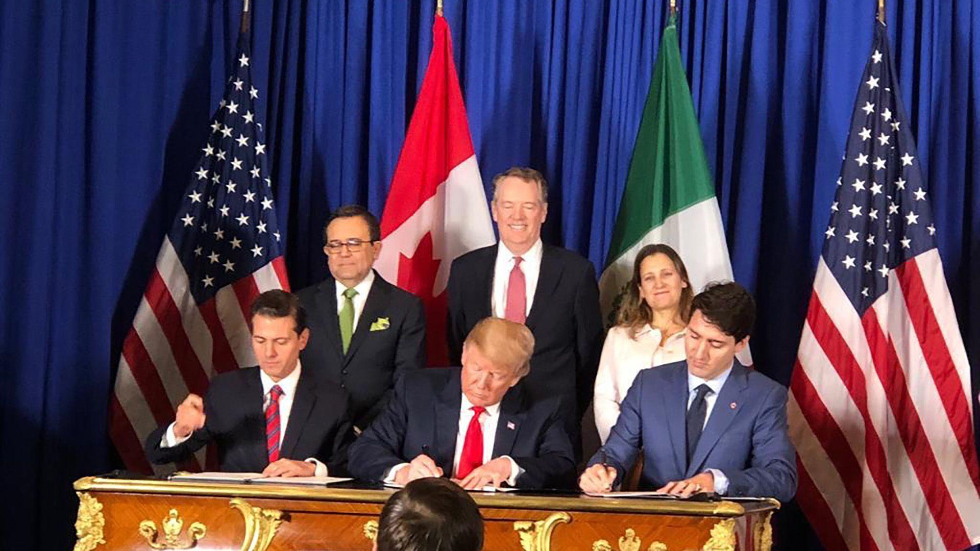 Estados Unidos, México y Canadá firmaron su nuevo acuerdo de libre comercio conocido como T-MEC (Télam)