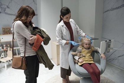"""""""Arkangel"""". Segundo episodio de la cuarta temporada de """"Black Mirror"""""""
