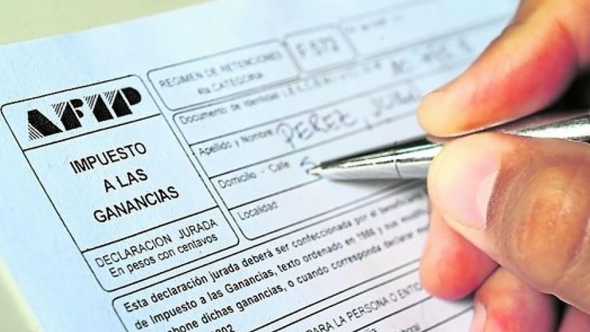 Hasta el 31 de marzo se podrán presentar vía electrónica las deducciones ante AFIP, mediante el Formulario 572, a través del servicio web del Siradig (Sistema de Registro y Actualización de Deducciones del Impuesto a las Ganancias)