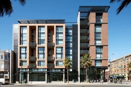 En San Francisco, California, se encuentra la Comunidad Bill Sorro, que alberga 67 unidades para familias de bajos ingresos y adultos con discapacidades (Kennerly Architecture & Planning)