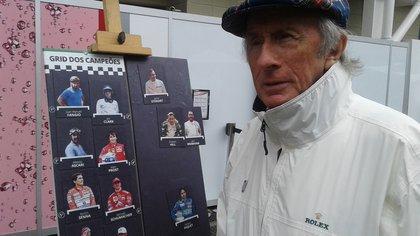 Jackie Stewart siempre dijo que Fangio fue el mejor de la historia. En el GP de Brasil de 2017, lo puso al frente de una selección entre diez campeones de F1 (Darío Coronel).