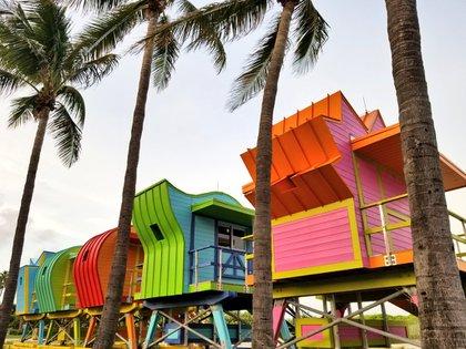Casetas de salvavidas en Miami Beach (foto: Infobae)