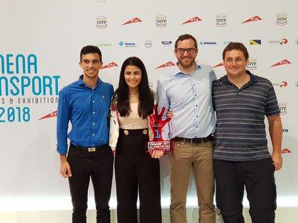 Parte del equipo de Inventu cuando ganó el 1er y 2do premio a la innovación en Dubai