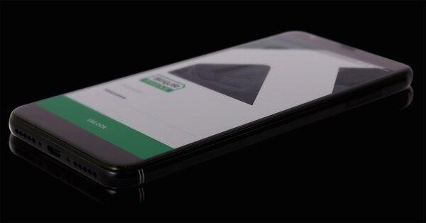 El móvil tiene un sistema operativo personalizado, basado en Android 7.0