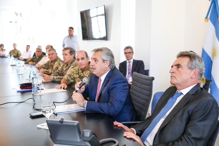 El Presidente estuvo reunido con las Fuerzas Armadas en el final de la semana