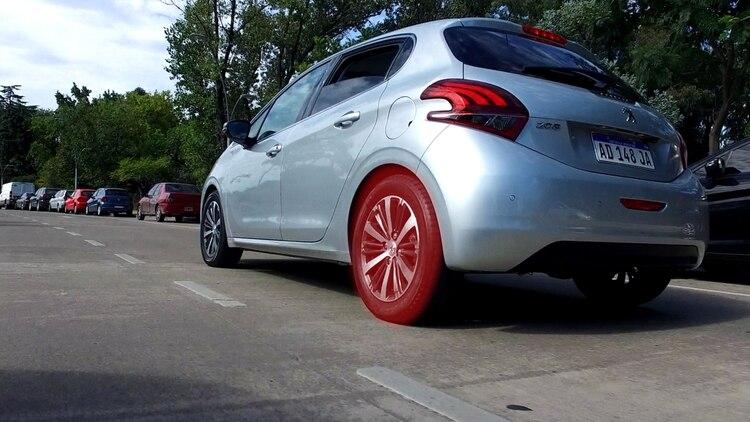 Hasta junio de 2019 Peugeot cuenta con una promoción especial para los neumáticos del modelo 208 con un precio de $4.800.