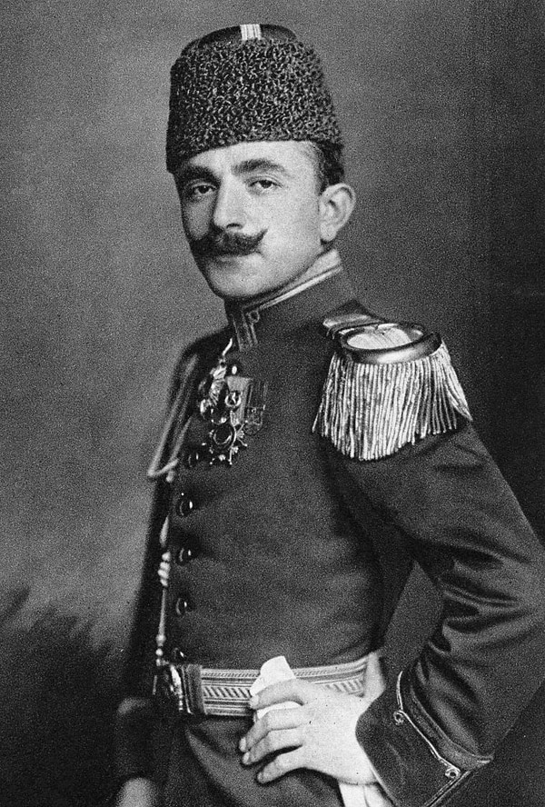 Enver Pasha, el miembro más poderoso del triunvirato que llevó a cabo el genocidio armenio