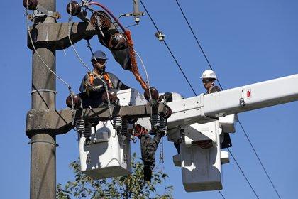 Las tarifas del servicio eléctrico permanecen congeladas desde hace dos años