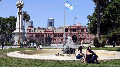 Luego de un lunes lluvioso, el Servicio Meteorológico Nacional pronostica una semana apenas calurosa para la Cuidad de Buenos Aires Maximiliano Luna