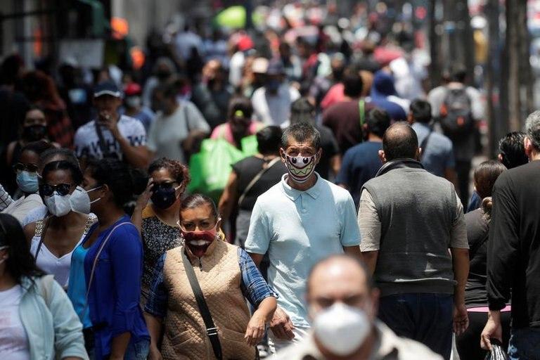 La economía mexicana registró un histórico desplome del 18.7%: INEGI