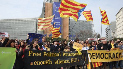 Las imágenes con conflictos en diferentes lugares de Europa se convirtieron en una postal en el ultimo tiempo. Foto: AFP.