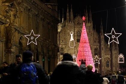 Milán, iluminada por el espíritu navideño