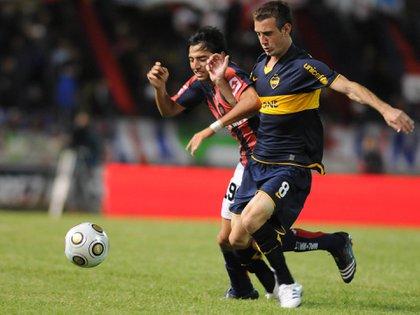 Damián Díaz con la camiseta de Boca en una de sus pocas participaciones: acá en un amistoso de verano ante San Lorenzo (Fotobaires)