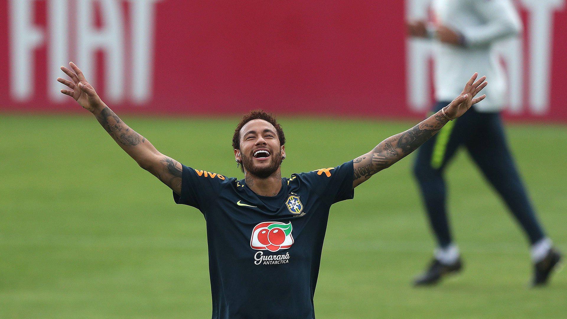 El brasileño aun no disputó minutos con su equipo (EFE)