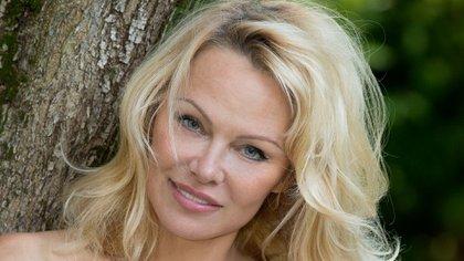 Pamela Anderson sorprendió al contar intimidades de su relación con el futbolista Adil Rami