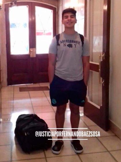 """El día en que Fernando Báez Sosa viajó a la costa atlántica. """"Yo no estuve porque tenía que trabajar, pero en las vísperas lo ayudé a preparar la valija y estuvieron hasta las tres de mañana junto a Graciela -su mamá- y Julieta -su novia- armando todo el equipaje"""", contó su papá, Silvino."""