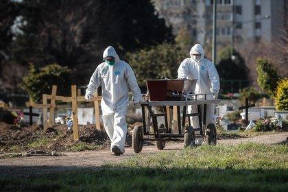 Argentina registra 8.730 fallecidos por coronavirus