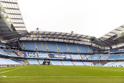Reino Unido podrá tener a 10.000 aficionados en los estadios para el 17 de mayo