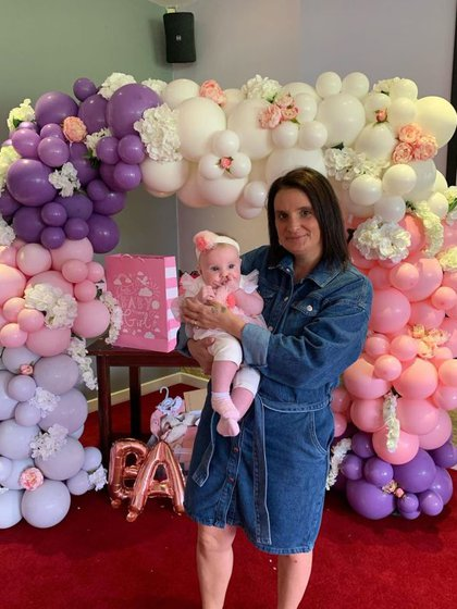 Sue Radford con su hija más pequeña (Instagram Radford Famlily)