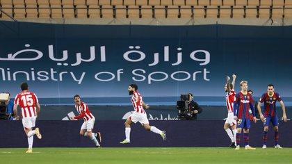 Asier Villalibre marcó el gol para el Athletic de Bilbao que forzó la prórroga en la final de la Supercopa de España (Foto: REUTERS)
