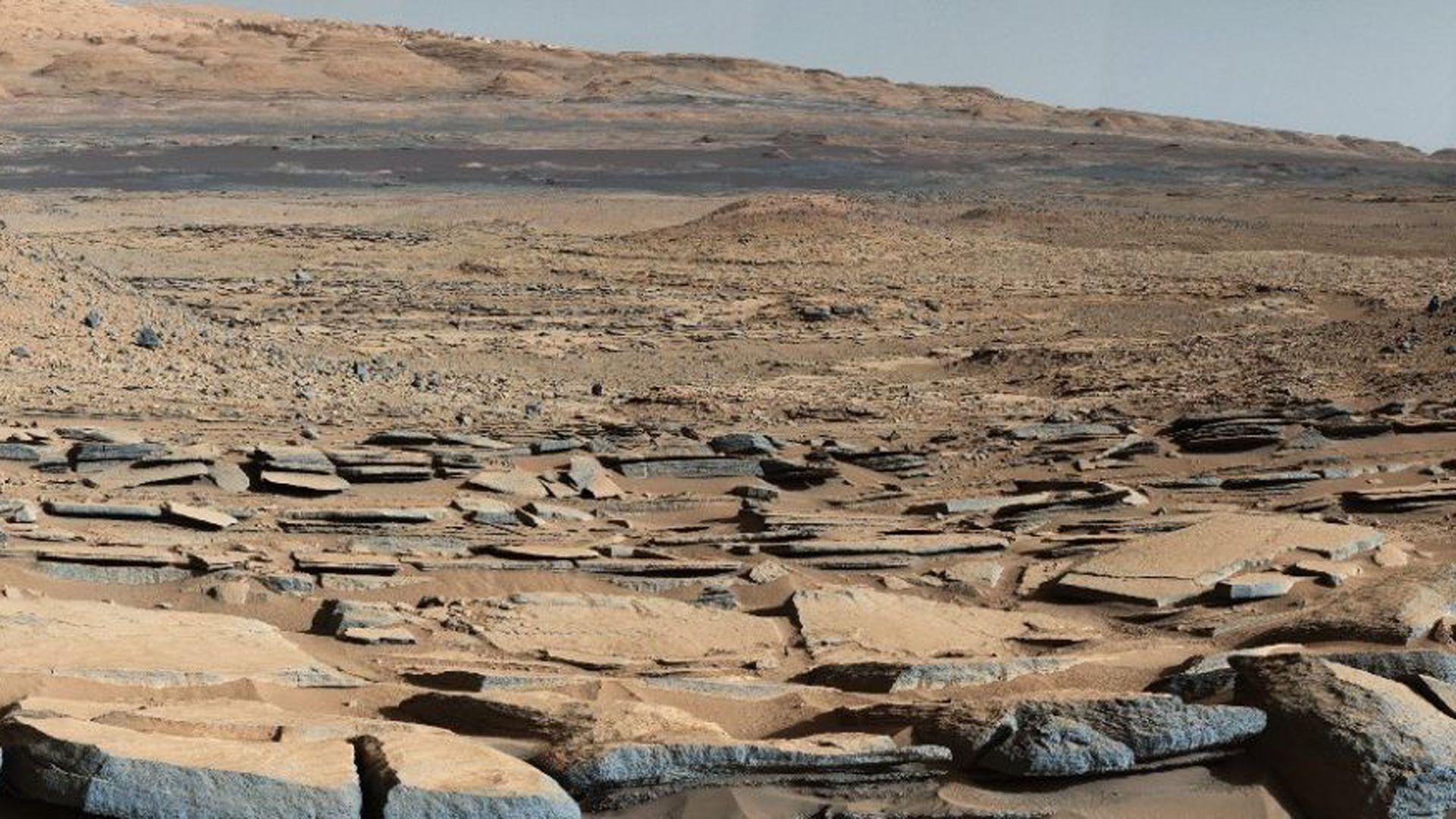 La aridez del planeta rojo plasmada en una foto obtenida por el robot Curiosity (NASA)