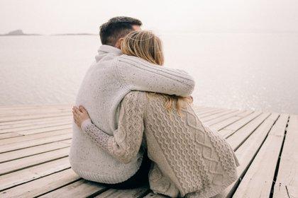 Sentirse agradecido conecta a las personas con emociones relacionadas a la felicidad y al bienestar