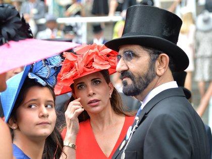 Una de las últimas fotos juntos, en junio de 2018: Al Jalila, hija de Mohammed bin Rashid Al Maktoum y la princesa Haya, en el último día de Royal Ascot (Shutterstock)