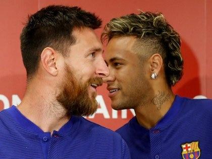 Messi y Neymar, como compañeros en el Barcelona (REUTERS/Kim Kyung-Hoon/Archivo Foto)