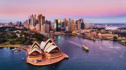La belleza natural de Australia no tiene rival, desde la Gran Barrera de Coral hasta el aislamiento salvaje del Outback y los viñedos de Victoria