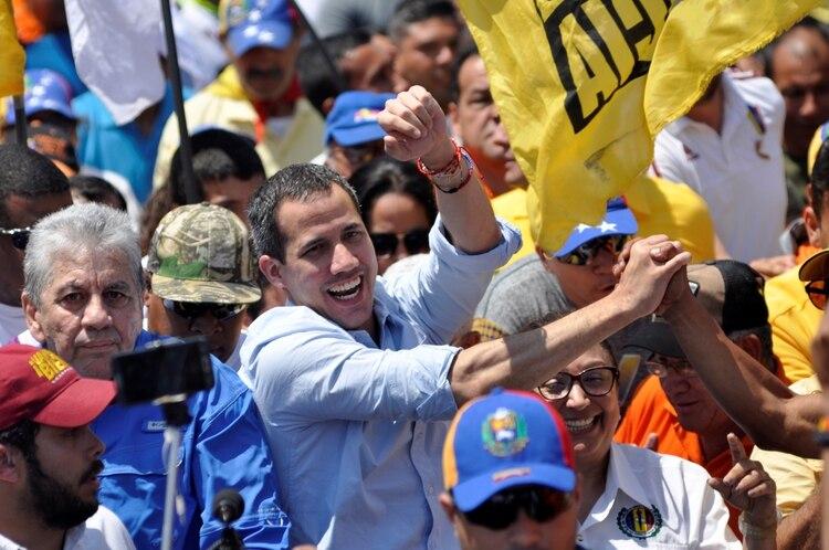 Juan Guaidó es reconocido como presidente encargado por más de 50 países (REUTERS/Juan Calero)