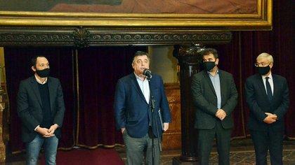 Maximiliano Ferraro, Mario Negri, Cristian Ritondo y Alvaro González de Juntos por el Cambio en Pasos Perdidos