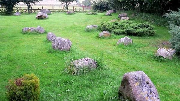 """Las """"piedras azules"""" fueron traídas desde Gales hace cinco mil años mediante un sistema de poleas que demandó a varias generaciones su traslado"""